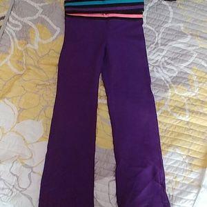Total Girl, Yoga Pants